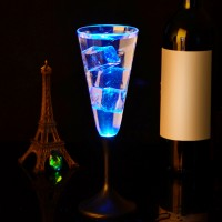 Kreatív pezsgős pohár